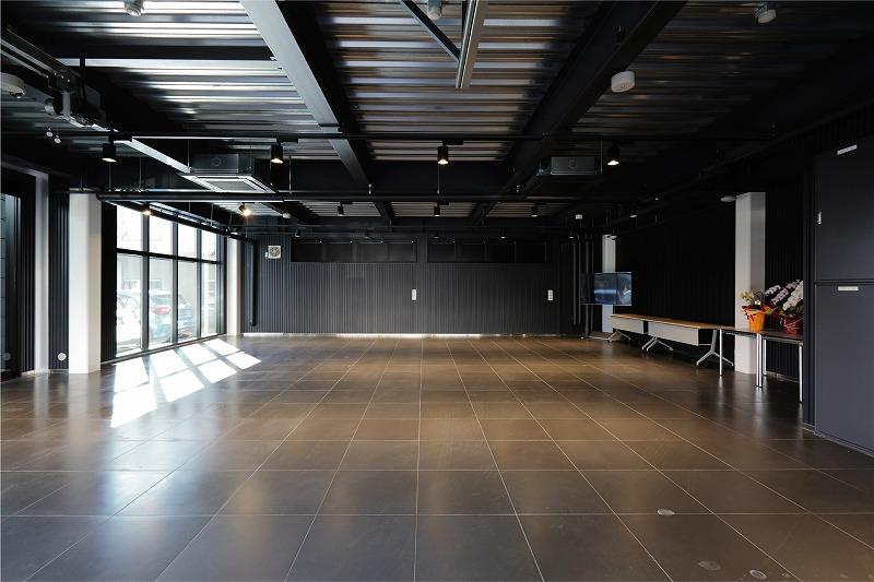 メルセデス・ベンツ様 立体展示保管庫建設工事